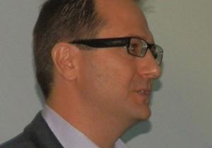 רובין פישר, סגן נשיא למכירות באזור EMEA ב-Salesforce.com