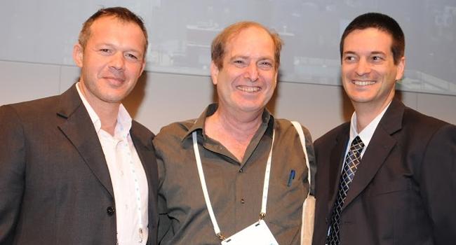 """גיל רבינוביץ', מנמ""""ר אמדוקס; רן שמואלי, מנהל רכש גלובלי, אמדוקס; פאול יגר, מנהל מכירות תוכנה, HP ישראל"""