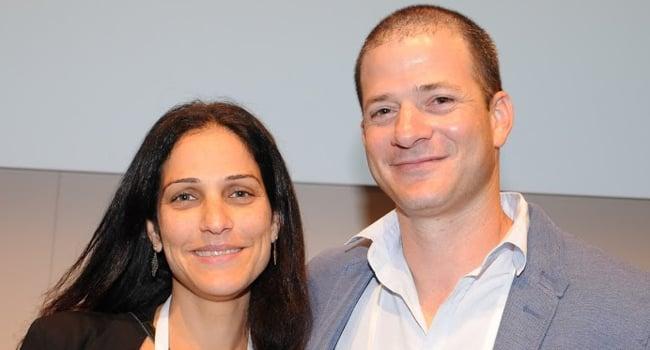 משמאל: גילי מנור-לוי - מנהלת מכירות תוכנה ב-HP ישראל, ואריאל סלפטר - פריסייל לתחום BSM בחטיבת התוכנה של HP ישראל
