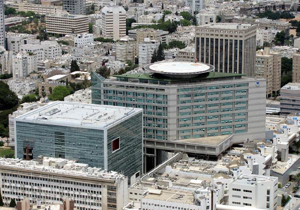 בית החולים איכילוב. צילום: Gellerj, ויקיפדיה