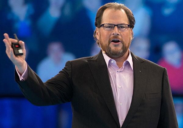 """מארק בניוף, מנכ""""ל ויו""""ר Salesforce"""