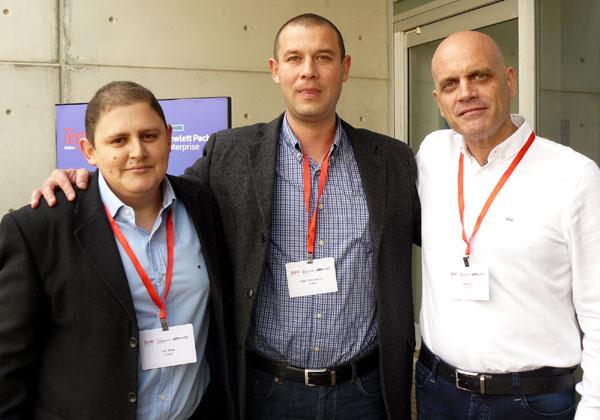 מבכירי תים. מימין: גיא וינטר, מנהל צוות מכירות SMB בתים; מיכאל רוז'דינסקי, מנהל סניף תים בדרום; ותומר נורי, מנהל הטכנולוגיות הראשי של תים
