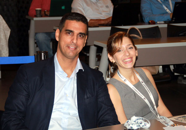 """מימין: שירה פרונר, מנהלת שותפים בקומוולט, ושי נוני, מנכ""""ל קומוולט ישראל"""