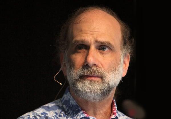 ברוס שנייר, מנהל הטכנולוגיות של קבוצת Resilience Systems ביבמ. צילום: ויקיפדיה