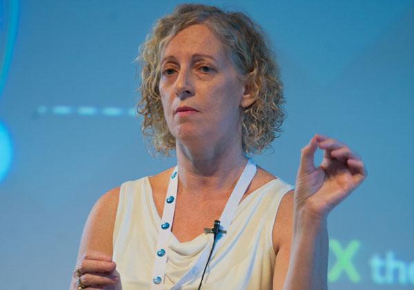 ד''ר יעל דובינסקי, מנהלת תחום אג'ייל ואינטרנט של הדברים, נס. צילום: שאולי לנדנר