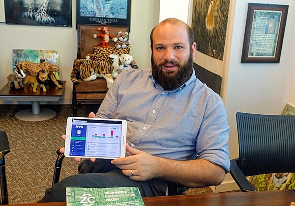 """בא לבקר במאורת הנמר: איל פדר-לוי, מנכ""""ל ZenCity"""