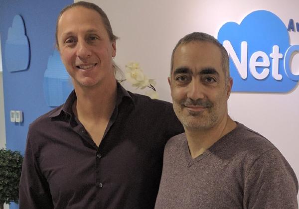 """מימין: אמיר עומרי, מנכ""""ל משותף בנטקלאוד ואנדרי ירוסקי, CTO ב-iCharts"""