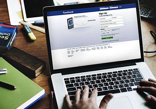 פוסטים, Live וחיפוש עבודה. פייסבוק. צילום אילוסטרציה: BigStock