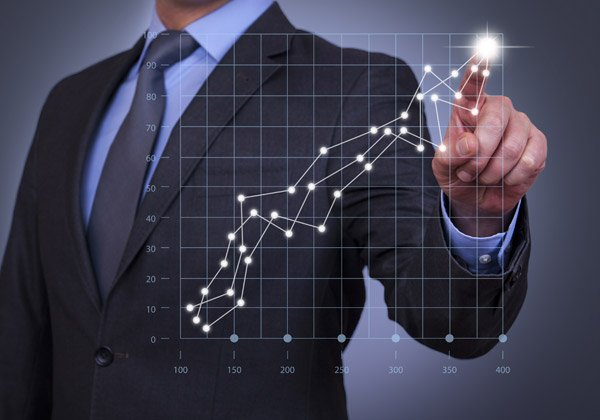 http://www.pc.co.il/wp-content/uploads/2017/03/bigstock-Businessman-Touch-Graph-on-Vis-87959069600.jpg
