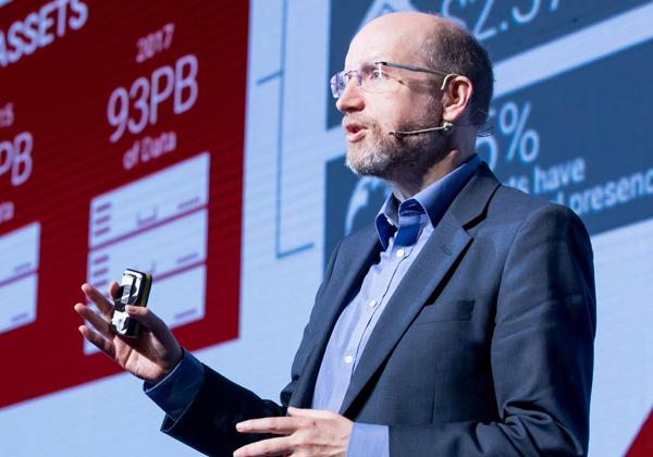 ד''ר דיוויד נוט, הארכיטקט הראשי של בנק HSBC. צילום: תומר פולטין