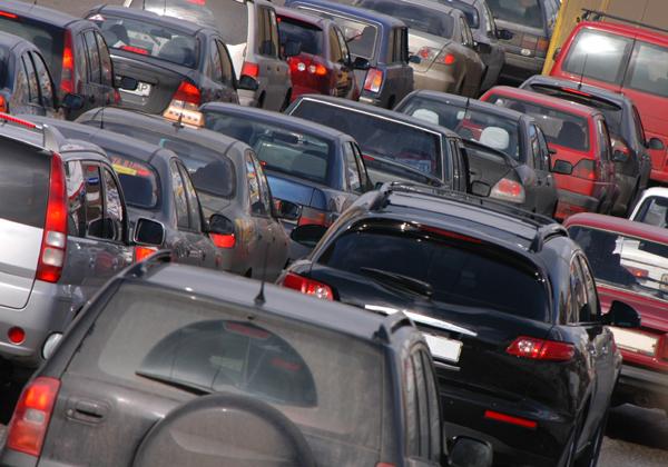 מי יציל את התנועה שלי? צילום: Yurii Bukhanovskyi/BigStock