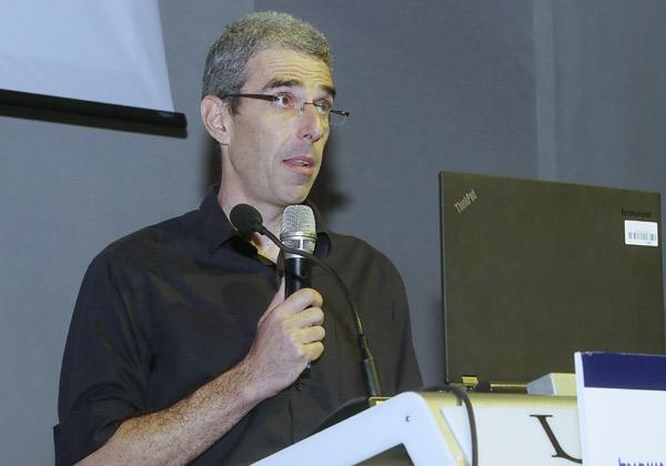 """ד""""ר גיא עמית ממעבדת המחקר של יבמ בחיפה. צילום: ניב קנטור"""