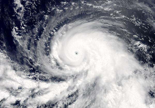 """הוריקן. צילום: נאס""""א"""