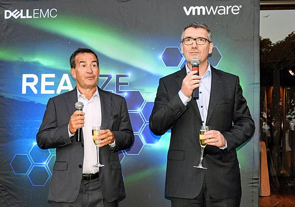 המארחים הבכירים. מימין: אנגוס הגרטי, נשיאת יחידת ה-Commercial Business לאזור EMEA ב-Dell-EMC; וז'אן פייר ברולר, סגן נשיא בכיר ומנהל אזור EMEA ב-VMware