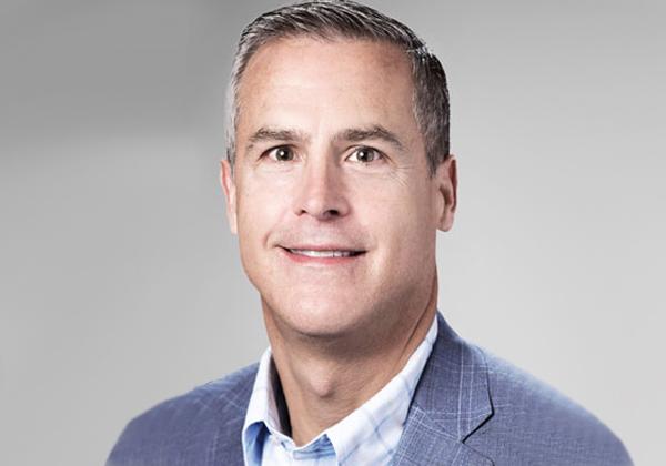 פיטר מקיי, מנכ