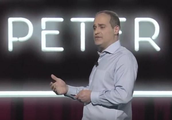 סטפן שמידט, סגן נשיא ומנהל אבטחה ראשי, AWS. צילום: ערוץ היוטיוב של AWS
