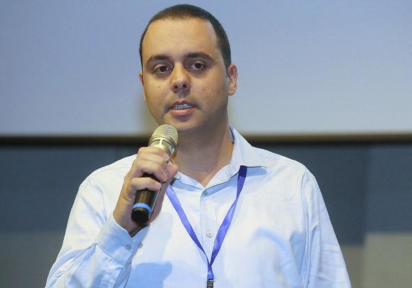 אלדד עומר, מנהל מחלקת תשתיות מחשוב באיילון חברה לביטוח. צילום: ניב קנטור