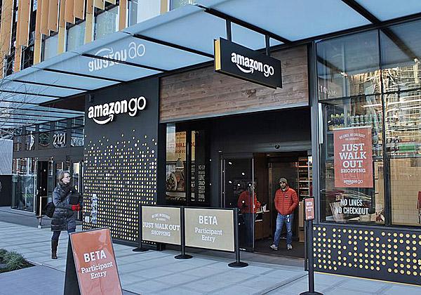 חנות ללא קופות ובשירות עצמי מלא. Amazon GO בסיאטל, ארצות הברית. צילום: SounderBruce, מתוך ויקיפדיה