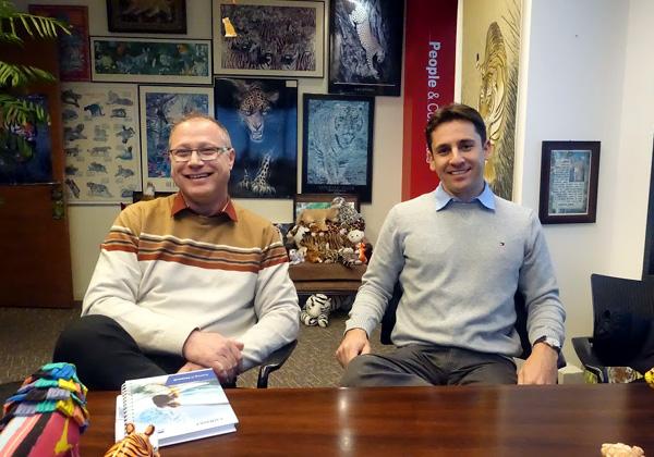 מימין: תומר דרורי, מנהל חטיבת הפיתוח והאינטגרציה של קונסיסט, ואופיר גרינר, מנהל פעילות PB digital בקבוצה. צילום: פלי הנמר