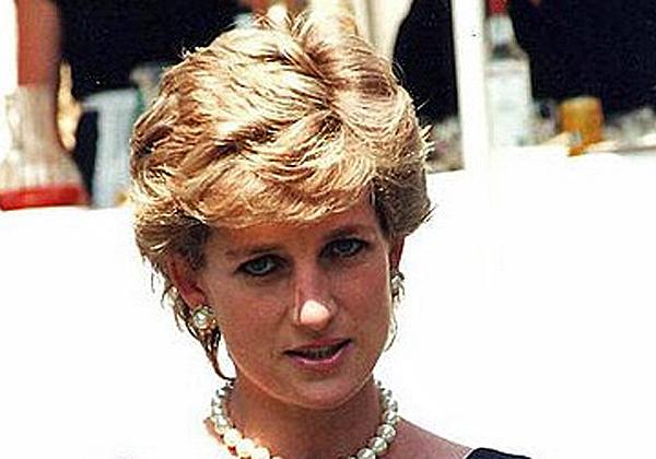 יותר מ-20 שנה אחרי שמתה, העניין בנסיכה דיאנה עדיין גבוה, כולל ביוטיוב. צילום: ניק פרפג'ונוב, מתוך ויקיפדיה
